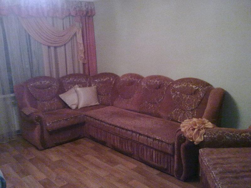 Продается мягкая мебель. Б/У. Срочно продам шкаф в хорошем состоянии