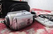 продам JVC GZ-MG21 20GBb HDD(куплена в США) +сумка