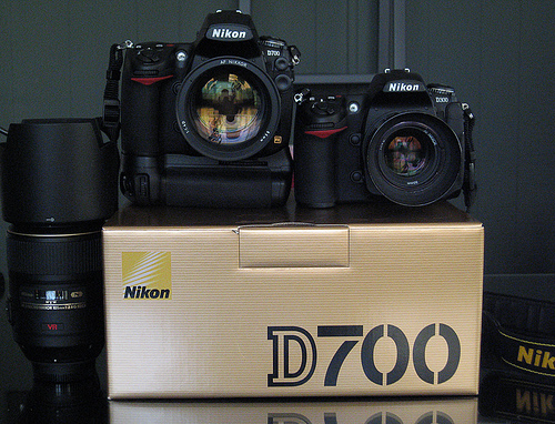 Зеркальная камера Nikon D7000 Kit mm VR | Зеркальные фотоаппараты | Фото и видеокамеры | Каталог | DNS сеть супермаркетов цифровой и бытовой техники