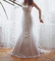 Продам свадебное платье фирмы  Anne Marie 2013 года