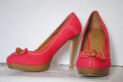 Продам туфли новые на каблуке