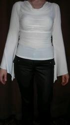 блузочка с интересным рукавчиком