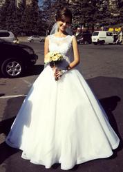 Весільна сукня Zlatovlaska