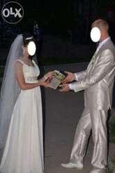 Продам свадебное платье светло бежевого цвета