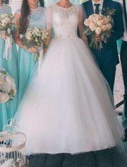 Очень красивое свадебное платье недорого... По: 18 март Просмотры Сообщ