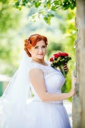 Продам Белое свадебное платье 48,  50,  52,  54 размер в Виннице