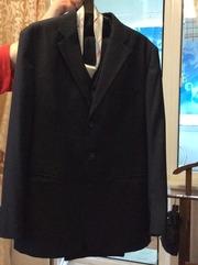 Мужской костюм тройка с набором галстуков имп 52, 54
